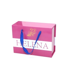 Manufacturer High Quality Customised Magnetic Closure Folding Gift Box